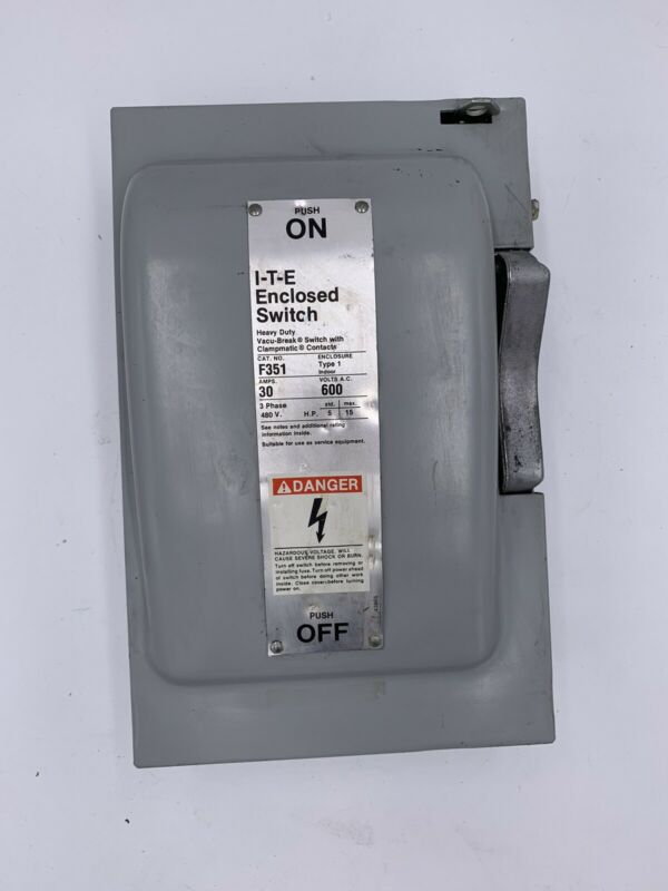 ITE F351 600 VAC 30 Amp Fusible Disconnect Safety Switch F-351