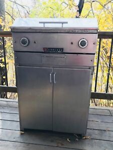 """Garland 24"""" commercial Griddle grill"""