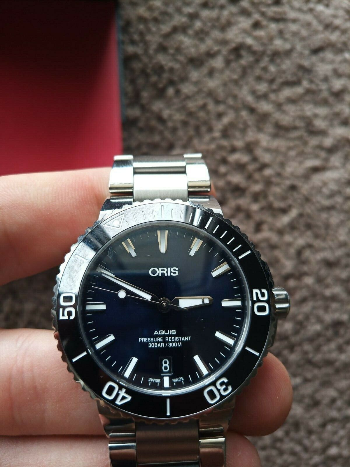 VERY GOOD CONDITION ORIS AQUIS DATE BLUE DIAL 39.5MM BOX PAPERS - watch picture 1