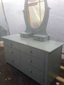 Bedroom dresser from merigault lepine