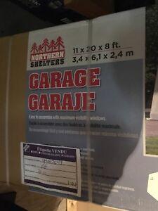 Garage neuf 350$