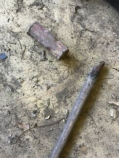 Broken sledge hammer Camira Ipswich City Preview