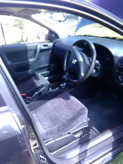 2001 automatic Holden astra