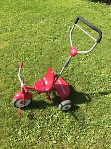 Tricycle évolutif Radio Flyer