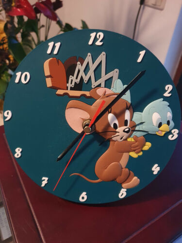 Extremely Rare! Tom and Jerry Demons Merveilles Wall or Desk Figurine Clock
