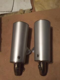 Ducati Monster 695 Std Exhaust Cans