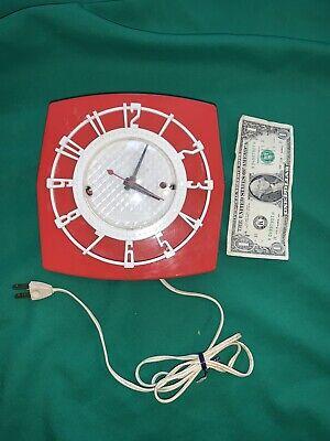 Vintage Spartus Red White Retro Mid Century Kitchen Wall Clock Model 501 Damage