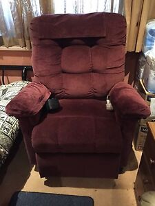 Electric recliner Georges Hall Bankstown Area Preview