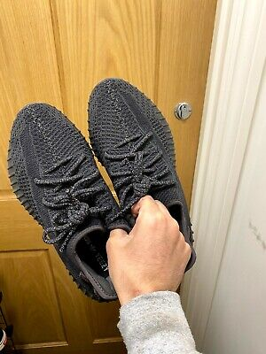 adidas Yeezy Boost 350 V2 Black - 7 1/2 UK size