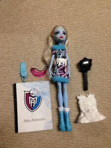 Monster High Abbie Abdominal