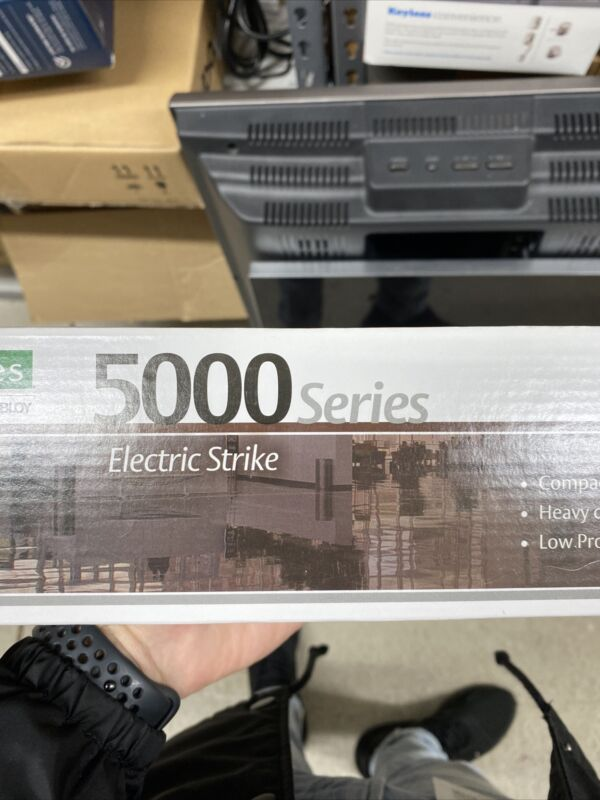 NEW HES ASSA ABLOY SB:5000-12/24D 5000 SERIES ELECTRIC STRIKE BODY