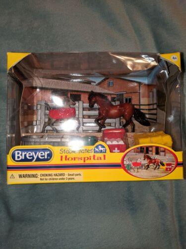 Breyer Stablemate Hospital Set! NIB!!