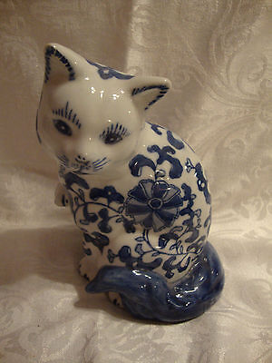 BLUE & WHITE ASIAN STYLE FLORAL VINE SITTING CAT FIGURINE  - 8 in, tall