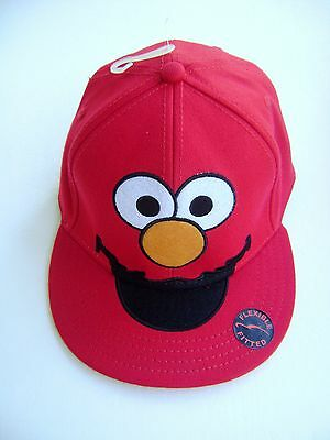 Elmo Hat (SESAME STREET RED ELMO FLEXFIT FITTED HAT CAP ADULT ~)