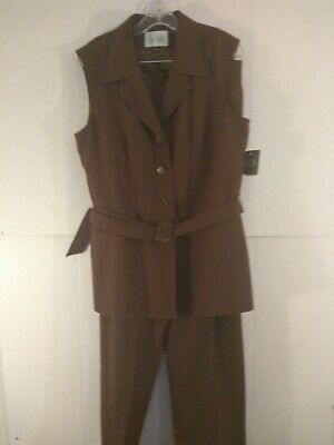 NWT Le Suit Women's Sleeveless Brown Pants Suit (Retail $179) Size 14