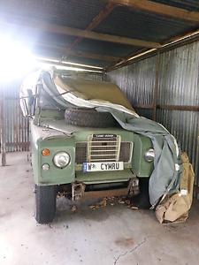 LAND ROVER 1973 RESTORATION PROJECT Canning Vale Canning Area Preview
