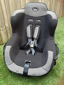 Rear / forward facing car seat for 0-4 year olds. As new cond. Greenslopes Brisbane South West Preview