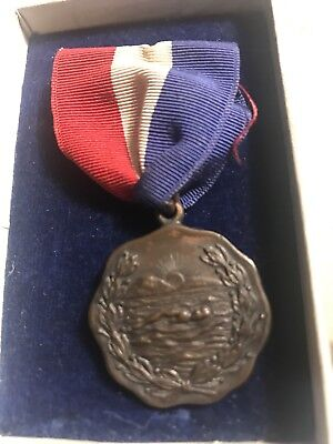 Vintage 1926 HHC Bronze Swimming Medal Sporting Collectible RWB Ribbon Pin Coin