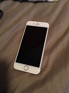 iPhone 6s 64gb gold excellent condition UNLOCKED