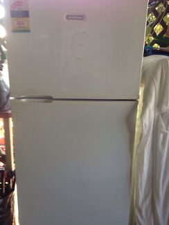 Simpson Fridge  Chipping Norton Liverpool Area Preview