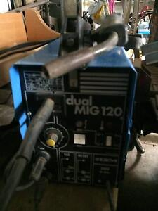 MIG welder, 240v single phase, gas & gassless Mount Pleasant Barossa Area Preview