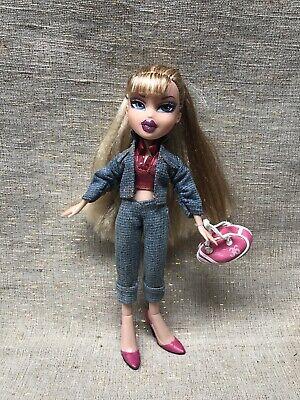 BNIB Bratz Flashback Fever Cloe Doll 80's