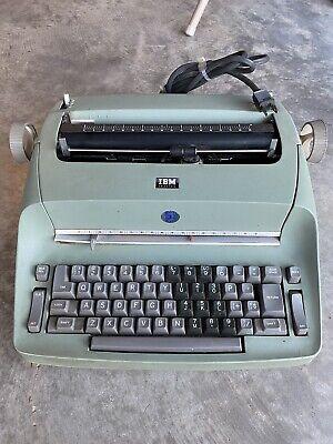 Typewriter - Ibm Corporation Selectric 1 Model 72green Electric Typewriter G