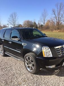 2007 Cadillac Escalade saftied and etested trade for diesel truc
