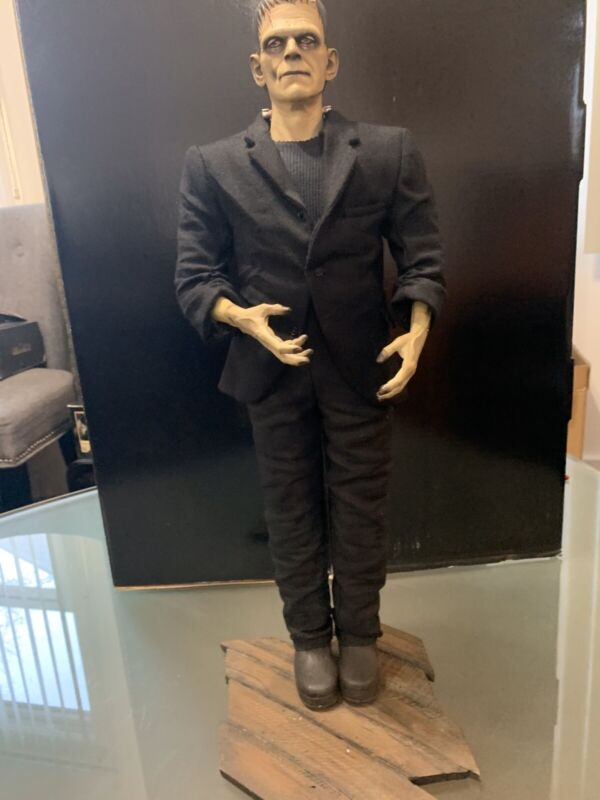 SIDESHOW COLLECTIBLES FRANKENSTEIN LIMITED EDITION 1/4 SCALE STATUE 0216 / 1,100