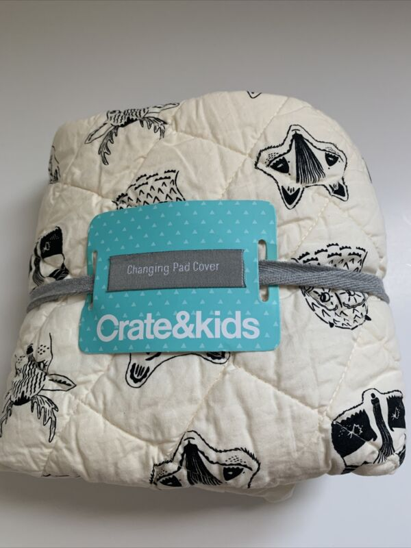 Crate & Kids (by Crate And Barrel) Woodland Animal Cotton Changing Pad Cover