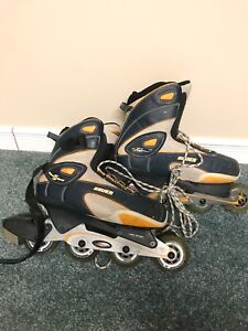 Bauer size 9 women's rollerblades rarely used in good condition