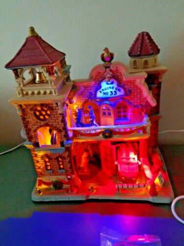 Lemax Christmas Village ENGINE CO 33 FIRE STATION Lights Sound ANIMATED** VIDEO*