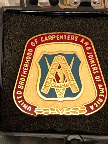 """UNITED BROTHERHOOD of CARPENTERS """"ENAMEL LAPEL PIN"""" SHOW YOUR PRIDE """"Union Made"""""""