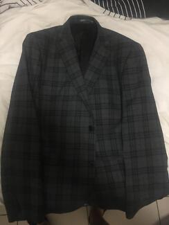 Checked Blazer (dark grey)