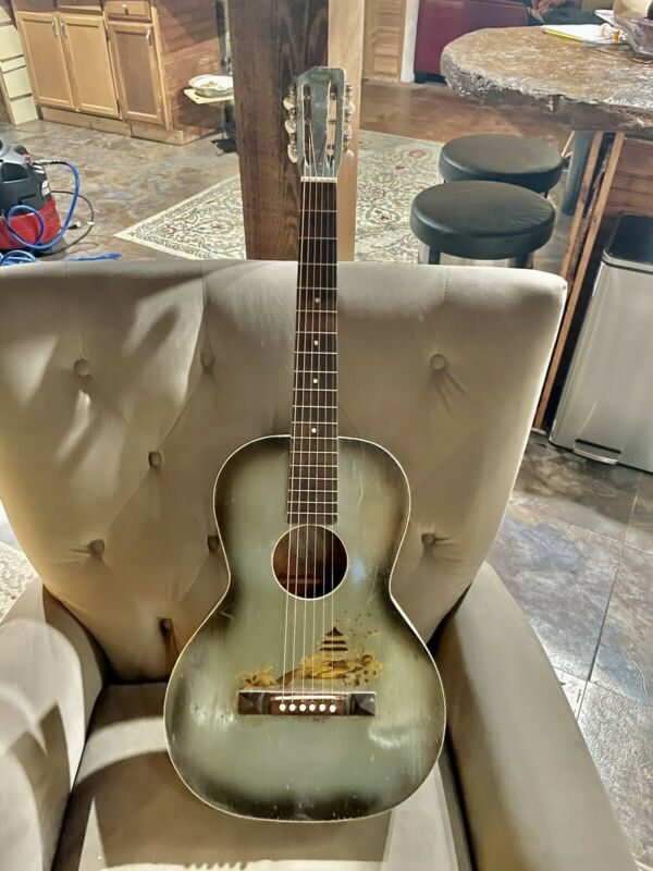 1930's Regal Parlor Guitar.  Project!