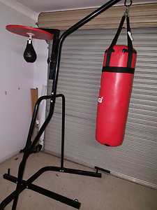 Boxing bag stand Pine Mountain Ipswich City Preview