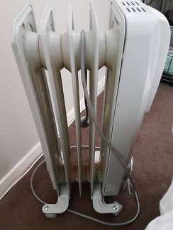 Delongi column  oil heater