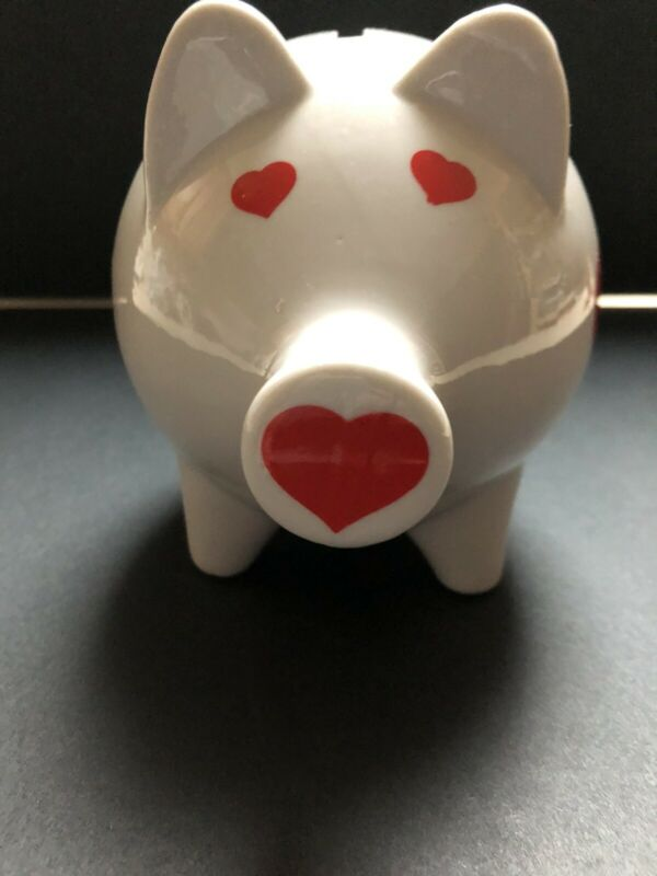 VINTAGE!! Knobler Piggy Bank White With Red Hearts