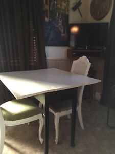 For sale painted antique drop leaf table and chairs