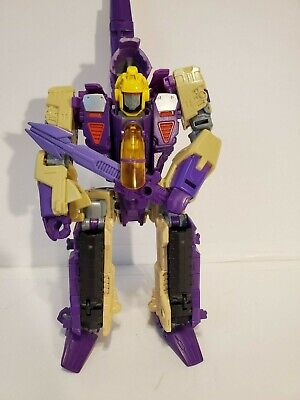 New Transformers Generations 30th Anniversary Voyager Class BLITZWING LOOSE