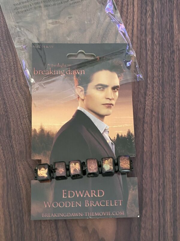Twilight Saga Breaking Dawn Edward Cullen Wooden Stretch Bracelet