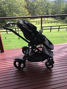 Steelcraft Strider Compact Pram Coramba Coffs Harbour Area Preview