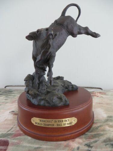 Montana Lifestyles Silversmiths BODACIOUS BULL Statue # A1911 Figure RARE PBR