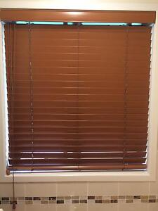 Wooden look Venetian blinds Windsor Hawkesbury Area Preview