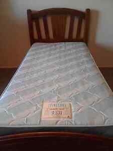 Beautiful wooden single bed with mattress Springwood Logan Area Preview