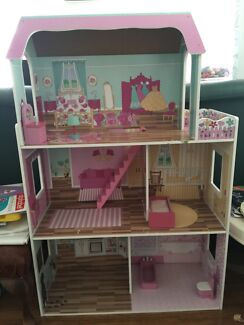 Children Wooden Doll House  Bexley North Rockdale Area Preview