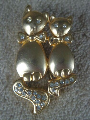 Gold Tone Rhinestone Cat Lovers Pin ~ FREE SHIPPING