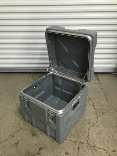 """SKB 18"""" Deep Roto X Shipping Case without Foam Traveling Trunk"""