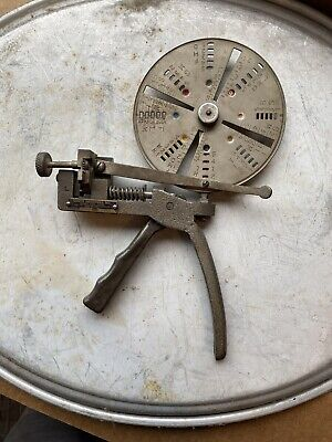 Curtis Key Cutter Model 14 With Many Key Blanks And Code Books