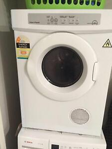 Fisher and Paykel Sensor Dryer Charlestown Lake Macquarie Area Preview